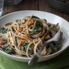 spaghetti grano saraceno coste capperi pomodori secchi