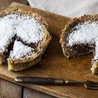 crostatine vegane cocco e cioccolato
