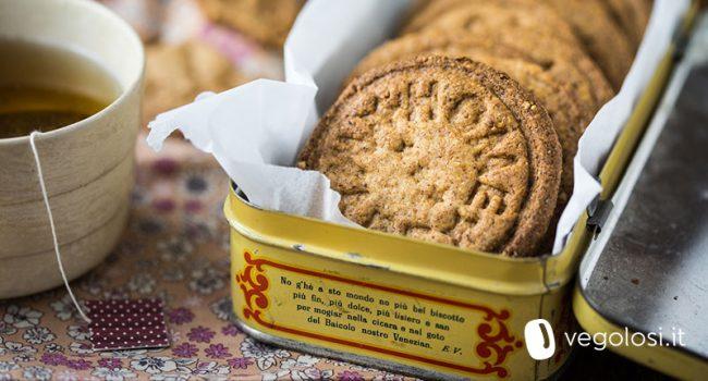 biscotti vegan senza glutine e zucchero alle nocciole