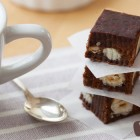 Mattonelle cioccolato e goji