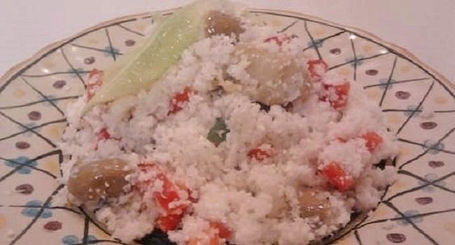 Cous cous di cavolfiore e salsa di canapa