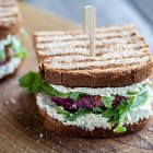 Burger vegan barbabietola e riso