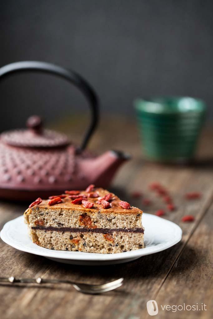 torta di grano saraceno e bacche di goji