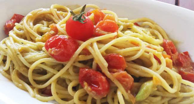 Spaghetti-con-Avocado-e-Pomodorini