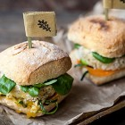 Burger vegan di riso integrale