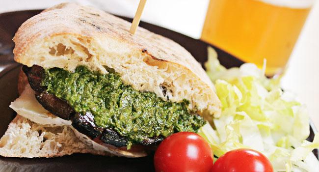 panino-vegetariano-funghi-portobello-05