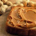 crema di arachidi