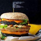 Burger vegano al carbone vegetale