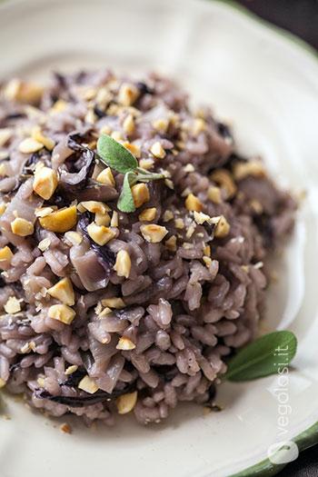 Risoto com radicchio e avelãs - Receita vegana fácil 16