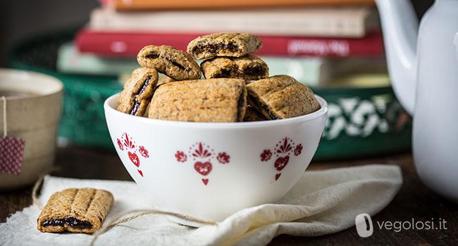 Biscotti Di Natale Con Marmellata.Biscotti Vegani Ripieni Di Marmellata Di Prugne