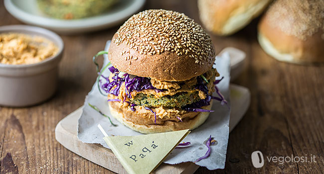 Hamburger vegani di friarielli, patate e funghi shiitake