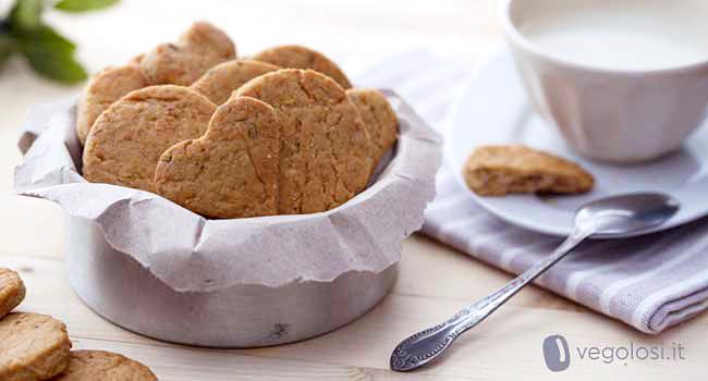 biscotti vegani nocciole e lavanda