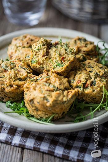 Muffin salati senza latte alla rucola