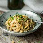 Spaghetti integrali con besciamella di arachidi