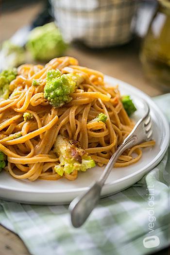 fettuccine panna ai pomodori secchi broccolo romanesco