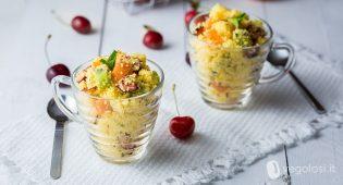 Cous cous dolce con frutta estiva