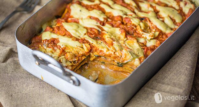 Lasagne di patate dolci con ragù di ceci e spinaci