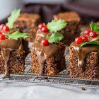Mini tortine alle amarene e cioccolato fondente