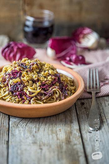 spaghetti ragu seitan radicchio aceto balsamico