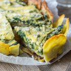Torta salata alle cime di rapa e topinambur con base di patate
