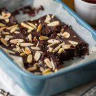 Brownies vegan al cioccolato fondente e fagioli neri