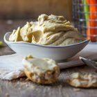 Hummus di fagioli bianchi di Spagna e shiromiso