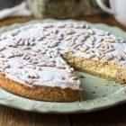 torta della nonna crema e pinoli