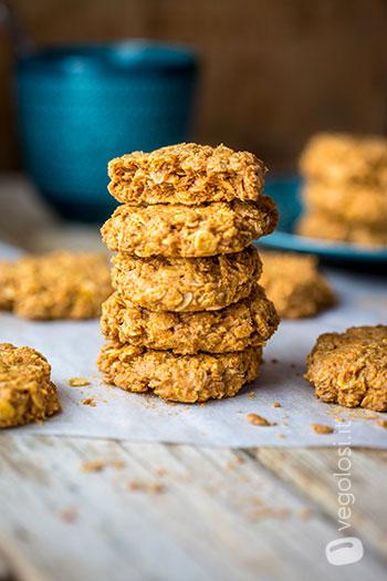 Biscotti 3 ingredienti vegani al burro d'arachidi