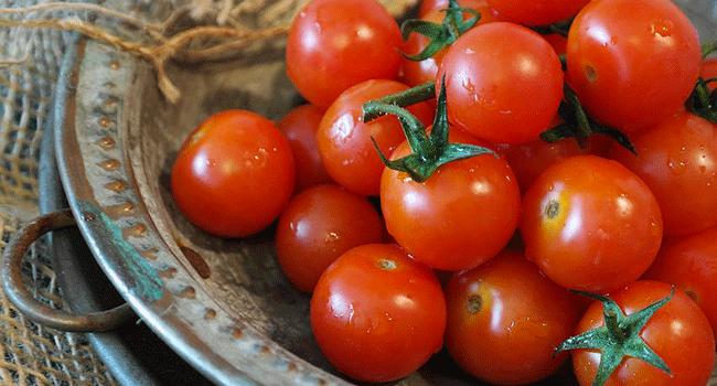 Svezzamento vegano pomodoro