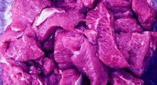 Perché i giovani non vogliono toccare la carne cruda?
