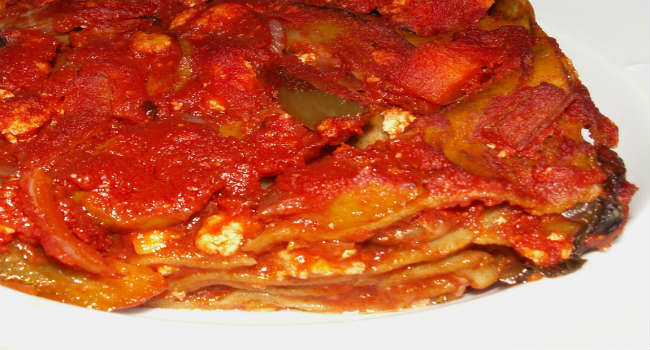 Lasagne vegane con ragù di verdure e tofu