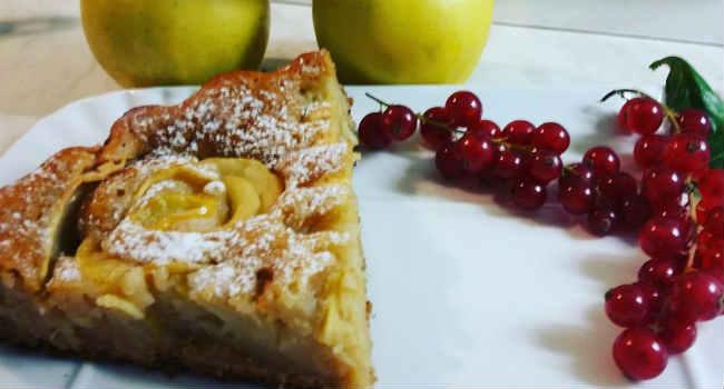 Torta di mele vegana cremosa