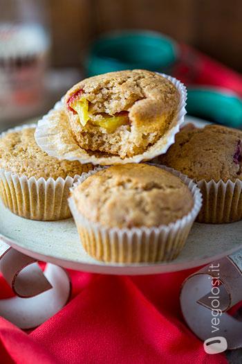 Muffin vegani alle pesche e chiodi di garofano