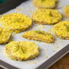 Seitan al forno impanato con farina di mais ed erbe