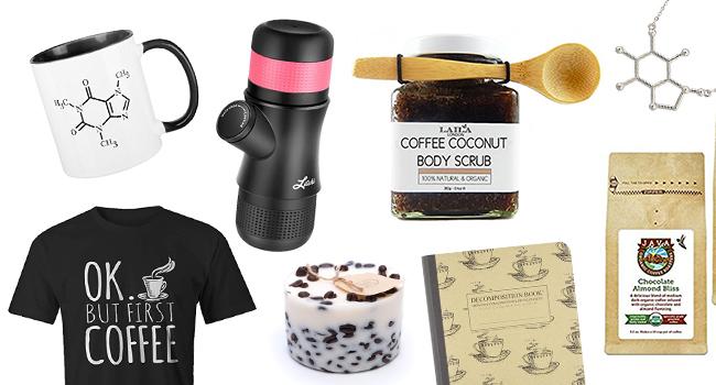 7d5c98046e È un piacere quotidiano che tantissime persone nel mondo amano concedersi,  da soli o in compagnia: il caffè ha una una tradizione millenaria alle  spalle e ...