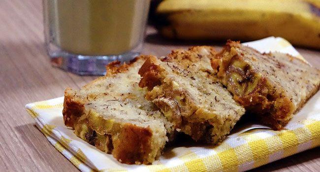 torta vegana banana e uvetta