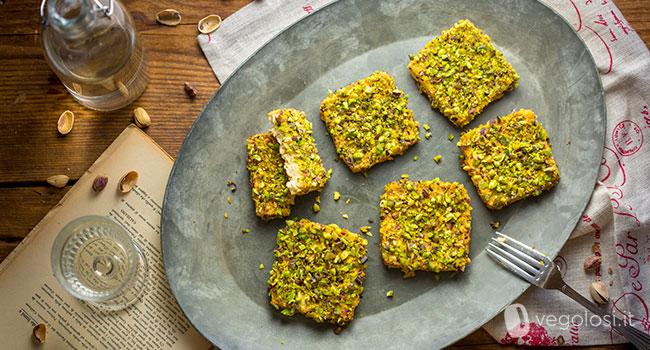 Tempeh in crosta di senape e pistacchi