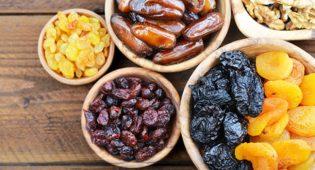 Frutta essiccata: proprietà, ricette e come farla in casa