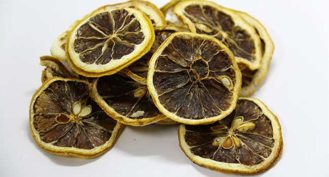 frutta disidratata fatta in casa