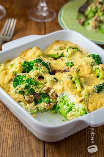 Broccoli gratinati vegan con besciamella agli anacardi