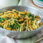 Spaghetti alla zucca, spinaci e noci