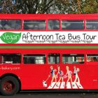 vegan afternoon tea bus tour Londra