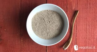 Ghassoul: l'argilla saponifera marocchina alternativa a shampoo e bagnoschiuma