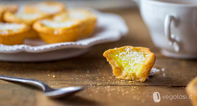 Pasticcini-con-lemon-curd