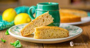 Torta vegan al limone e basilico con yogurt di soia