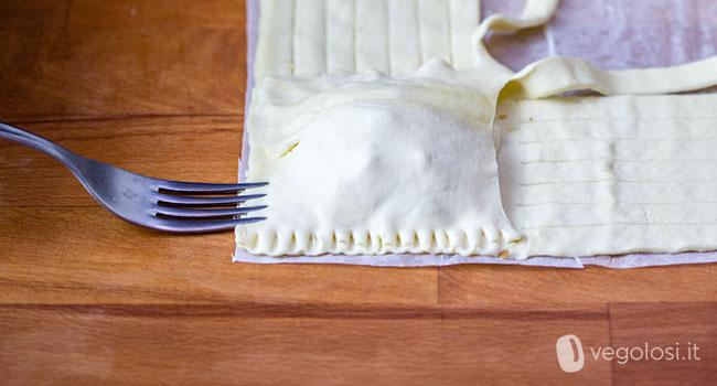 Brioche al formaggio vegetale con pere, noci e sciroppo d'acero
