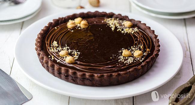 Crostata vegan al cacao con crema al cioccolato