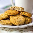 biscotti vegani alla banana senza zucchero e senza glutine