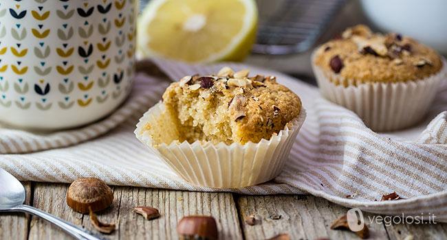 Muffins de avelã e limão veganos
