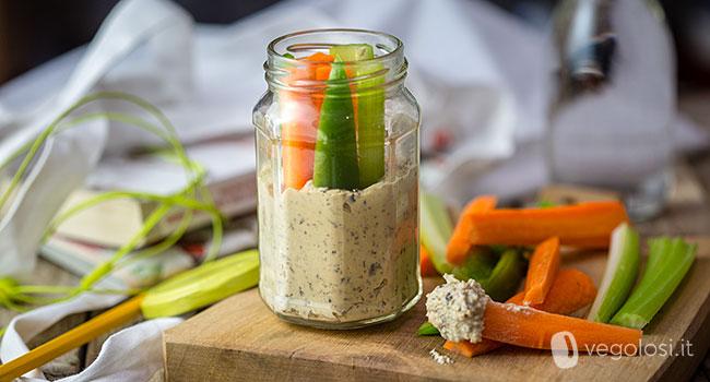 hummus jar con verdure